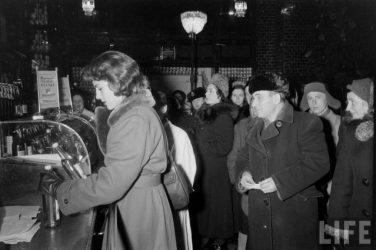 Американские туристы в Ленинграде зимой 1955-1956г